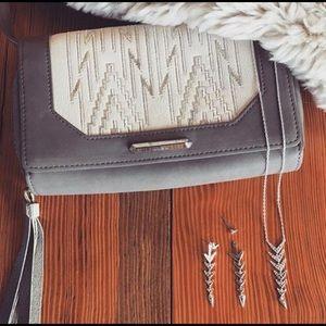 Stella and dot Nolita Medium Crossbody Bag